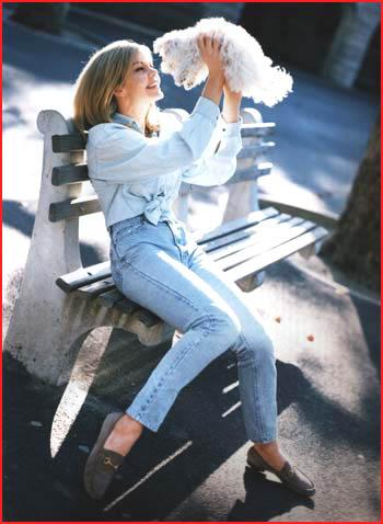 Julie Hayek Fashion photos